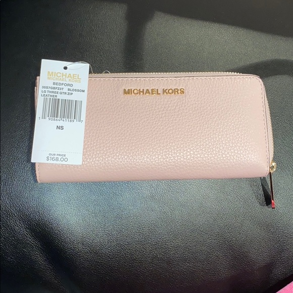 MICHAEL KORS BEDFORD BLOSSOM LEATHER WALLET NWT